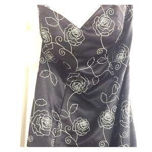 White House Black Market strapless dress sz6